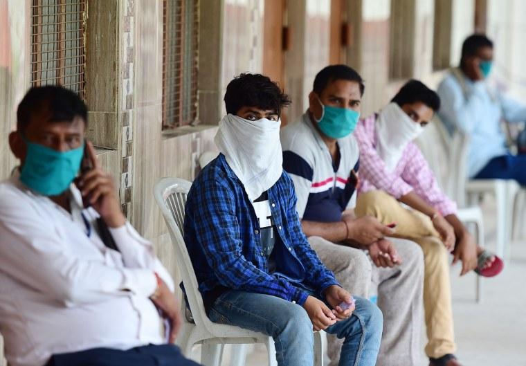 Image: India COVID cases