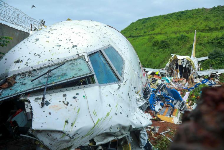 Image: India plane crash