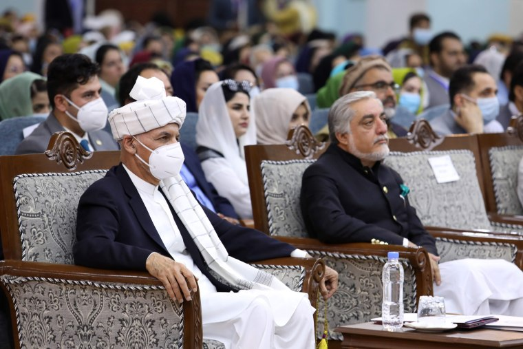 Image: AFGHANISTAN-CONFLICT-TALIBAN-PRISONERS