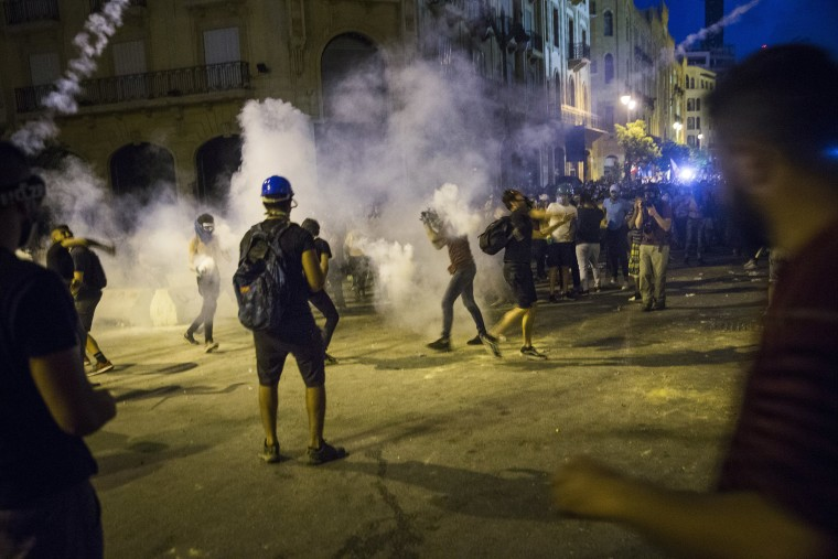 Image: Protesters in Beirut