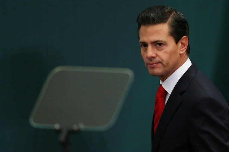 Image: Mexico's President Enrique Pena Nieto takes part during the deliver of a message about foreign affairs at Los Pinos presidential residence in Mexico City