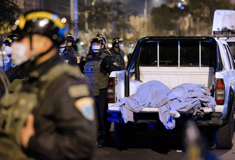 Image: PERU-HEALTH-VIRUS-DISCO-RAID-DEATH