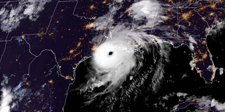 Image: CARIBBEAN-WEATHER-US-hurricane-storm