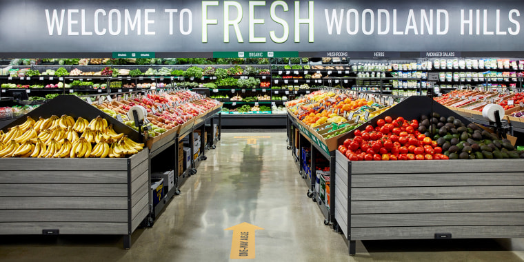Image: Amazon Fresh grocery store in Los Angeles