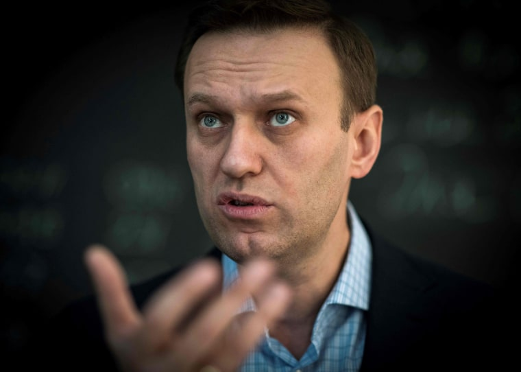 Image: Russian opposition leader Alexei Navalny speaks during an interview in Moscow