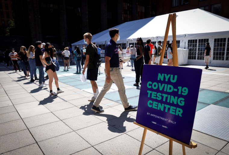 Image: New York University (NYU) testing site for returning students and staff at NYU campus in New York