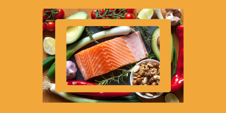 To make food choices that help lower your cholesterol, you can focus on two things: what you don't eat and what you do eat.