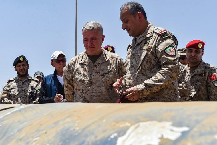 Image: U.S. Marine Corps General Kenneth F. McKenzie Jr. and Lieutenant General Fahd bin Turki bin Abdulaziz al-Saud