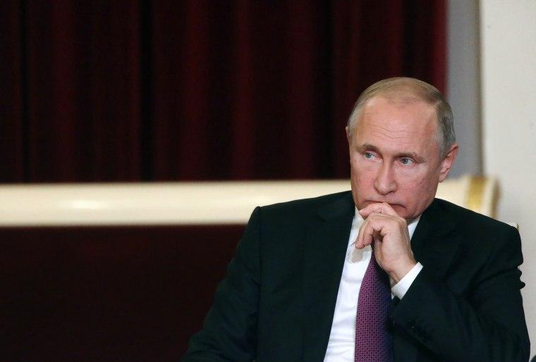 Image: Russian President Vladimir Putin visits Saint Petersburg