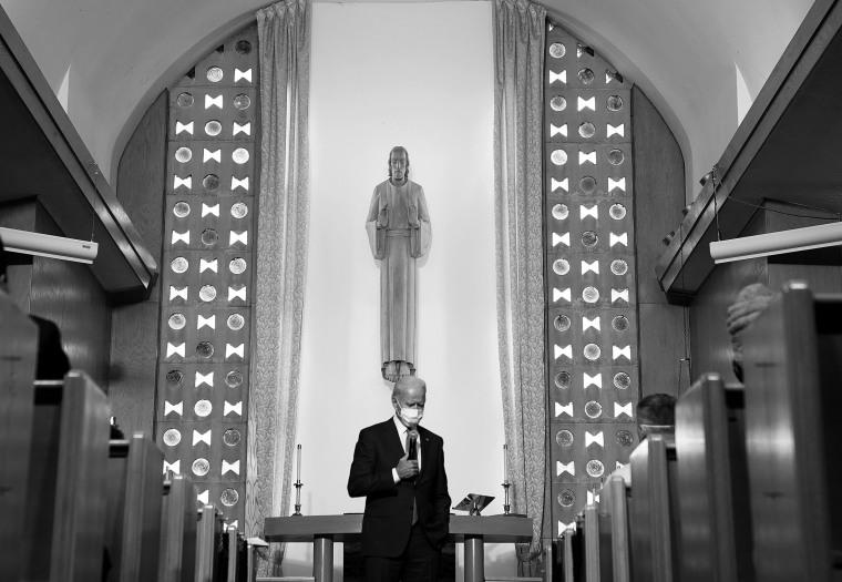 Image: Democratic presidential nominee Joe Biden visits Kenosha, Wisconsin