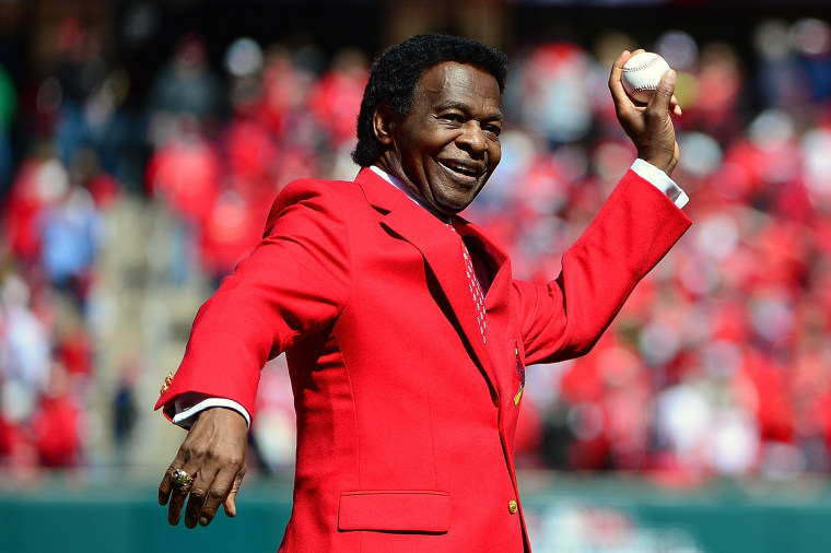 Image: MLB Hall of Famer Lou Brock Dies at the age of 81