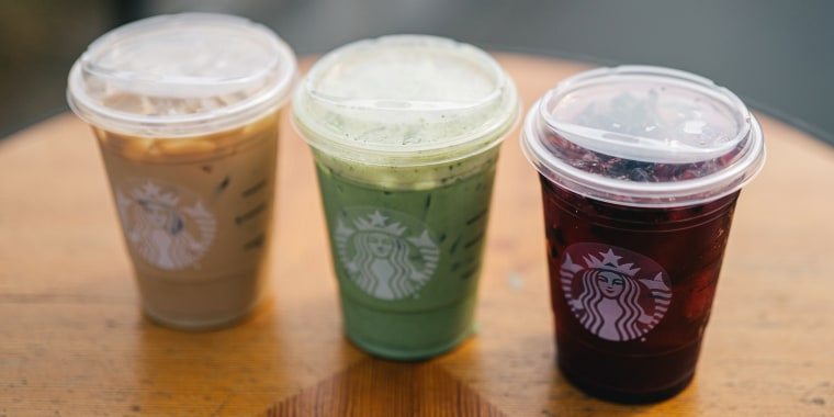 Starbucks is rolling out strawless lids for all cold drinks in stores across the U.S. and Canada.