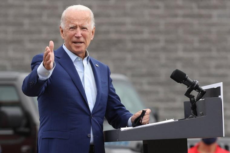 Image: Joe Biden Campaigns In Warren, Michigan