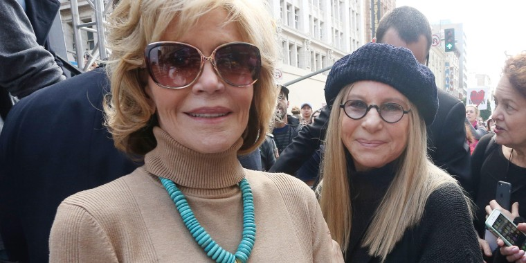 ALos Angeles CA. 21st Jan, 2017. Jane Fonda, Barbra Streisand, At Women's March Los Angeles, At Downtown Los Angeles In California on January 21, 2017. Credit: Faye Sadou/Media Punch/Alamy Live News