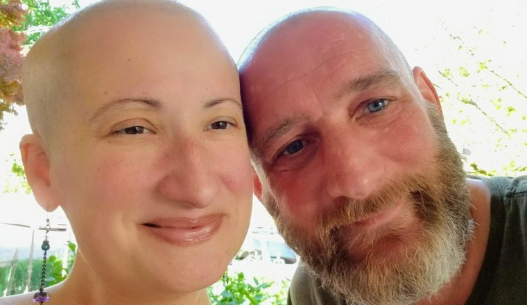 Kara DuBois' husband, Chuck Elliott, and her mom, Georgette DuBois, helped DuBois grapple with end-stage heart failure and three heart attacks since November 2019.