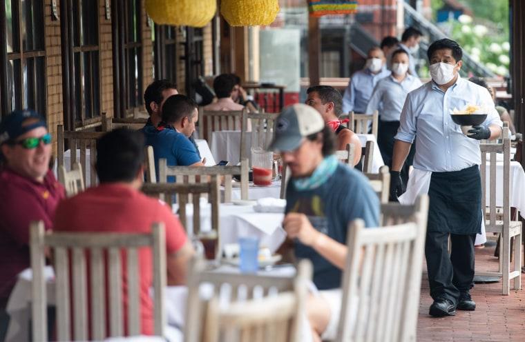 Image: Restaurant, masks