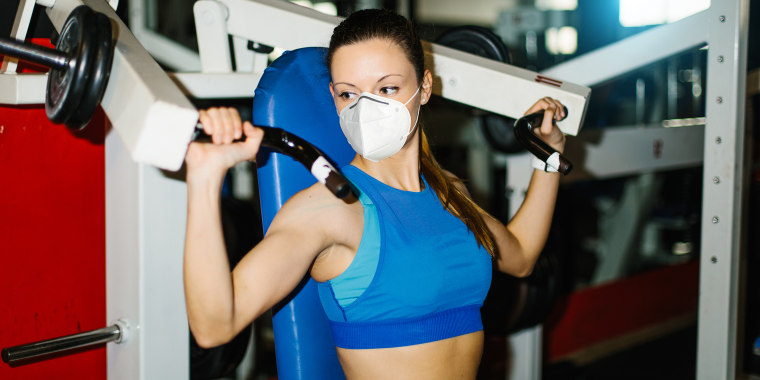 Gym workout with n95 face mask