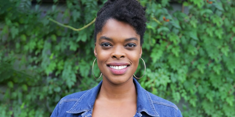 """When Shawna Thomas started looking for mental health support, she found herself thinking, """"who should that therapist be and should that person be, well, Black?"""" She asked experts to weigh in."""