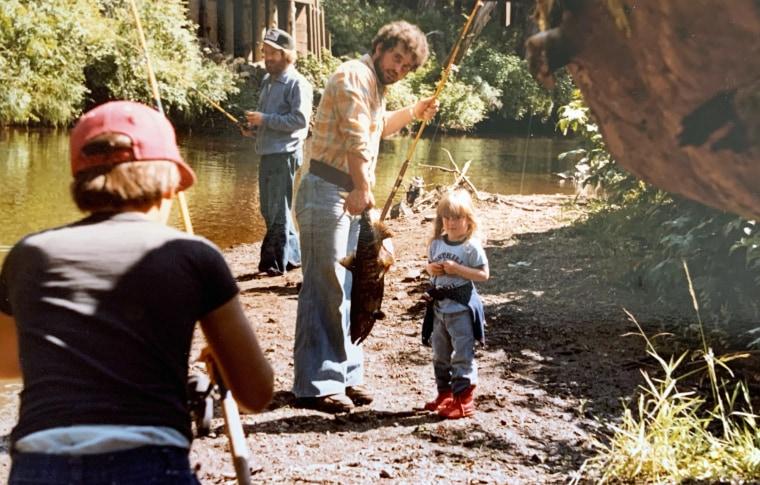 Randy Lewellen fishing with his daughter Erin
