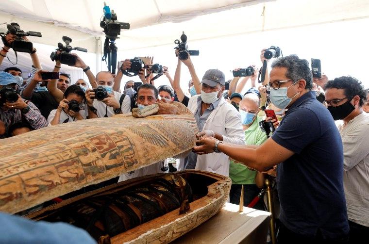 Newly discovered burial site near Egypt's Saqqara necropolis in Giza