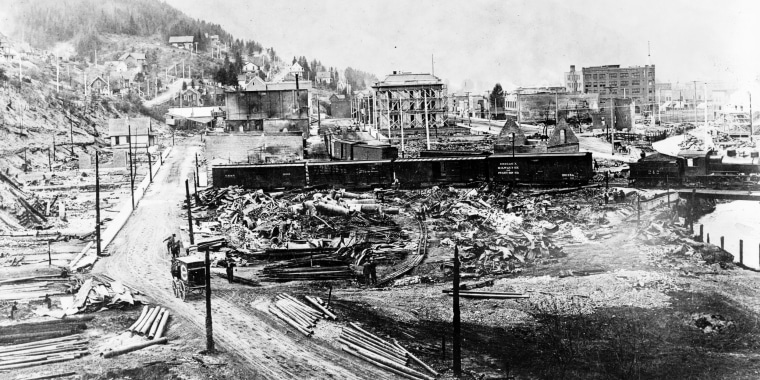 Image: The town of Wallace, Idaho, was devastated by the 1910 fire