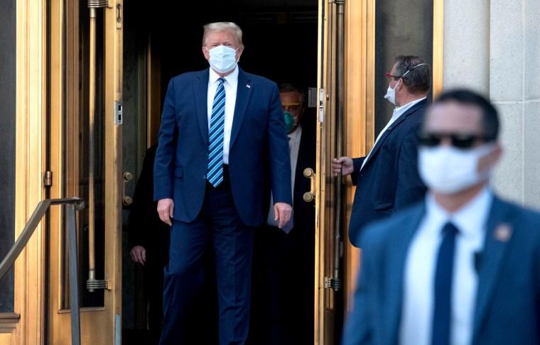 Image: US-vote-health-virus