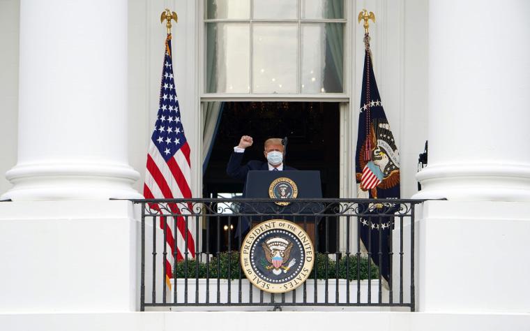 Image: US-VOTE-TRUMP-briefing