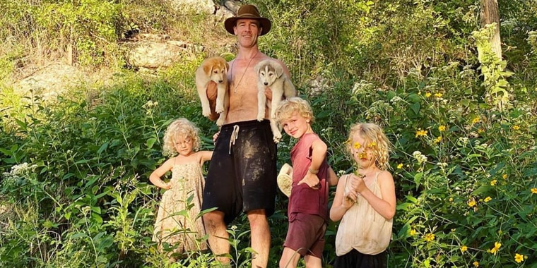 James Van Der Beek, his wife, children and their dogs started their move from California at the end of September.