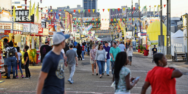 Image: Mississippi State fair begins in Jackson