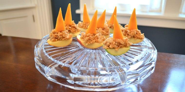 Peanut Butter Apple Boats