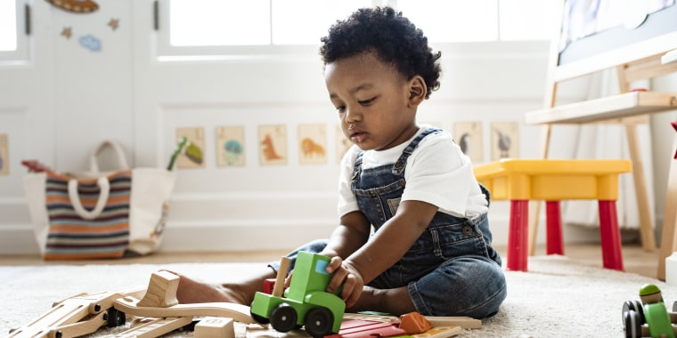 38 UNIQUE BABY GIFTS