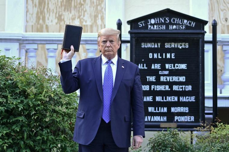 Image: Donald Trump, Bible, Photo op