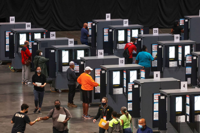 Image: Voters cast their ballots for the upcoming presidential elections in Atlanta