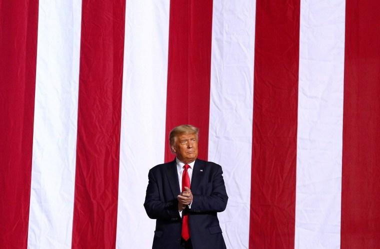 Image: U.S. President Donald Trump campaign rally in Gastonia, North Carolina