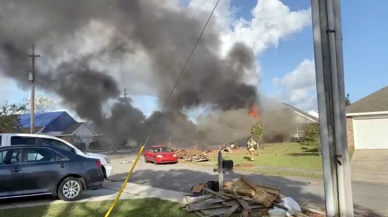 Image: Navy T-6B Texan II aircraft crash