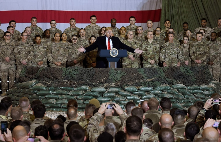 Image: President Donald Trump speaks to the troops during a surprise Thanksgiving day visit at Bagram Air Field in Afghanistan