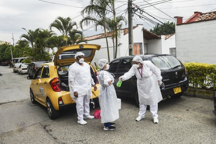 Image: COLOMBIA-HEALTH-VIRUS-TEST