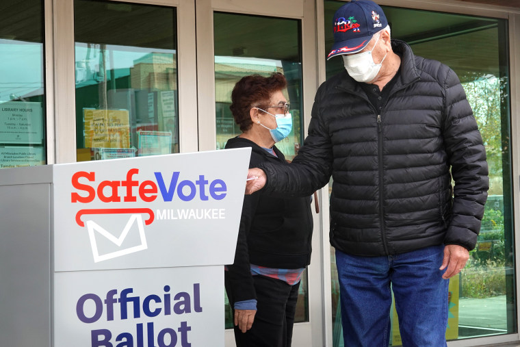 Image: Early Voting Begins In Swing State Of Wisconsin
