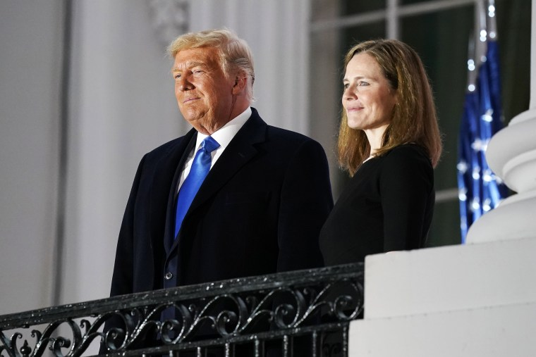 Image: Donald Trump, Amy COney Barrett