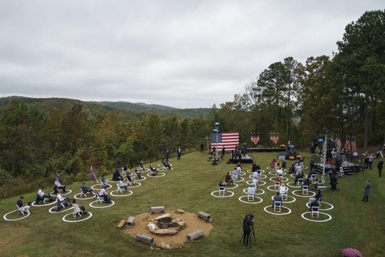 Image: Democratic Presidential Nominee Joe Biden Campaigns In Georgia