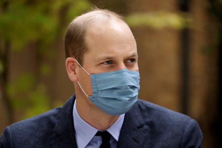 Image: Britain's Prince William and Catherine, Duchess of Cambridge visit St. Bartholomew's Hospital in London