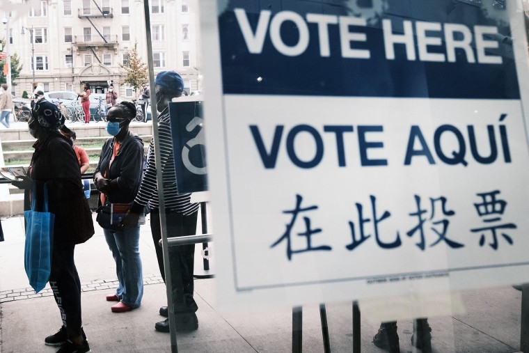 Image: New York Begins Early Voting