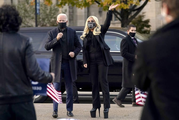 Biden makes impromptu stop at University of Pittsburgh with Lady Gaga