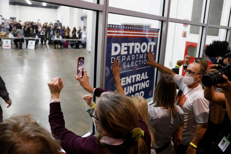 Image: Supporters of President Donald Trump bang on the glass and chant slogans outside the room where absentee ballots for the 2020 general election are being counted at TCF Center