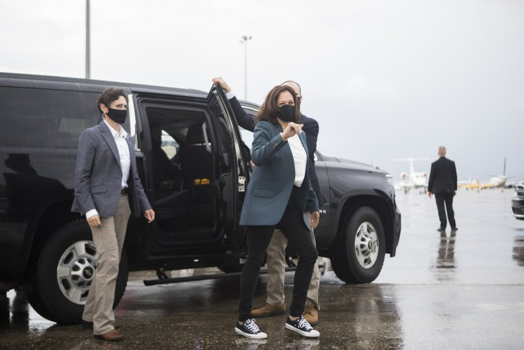 Image: Vice Presidential Nominee Kamala Harris Campaigns In Florida