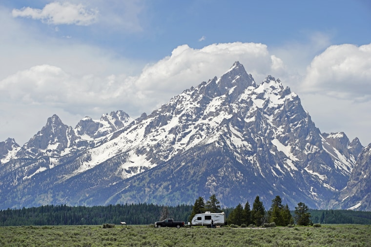 Image: Wyoming's Famed National Parks Continue Phased Reopening