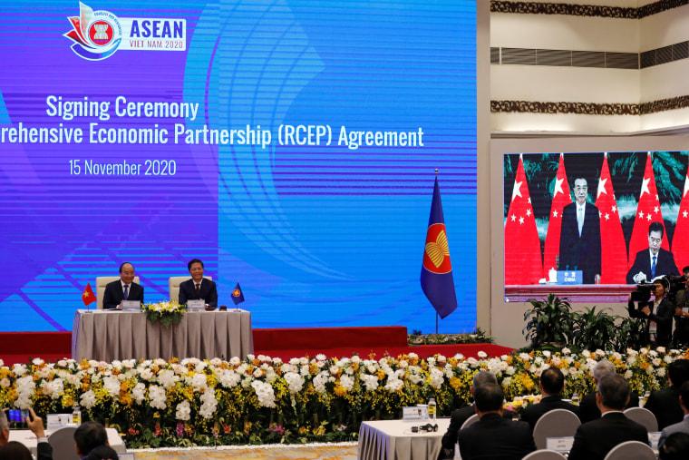 Image: ASEAN Summit in Hanoi