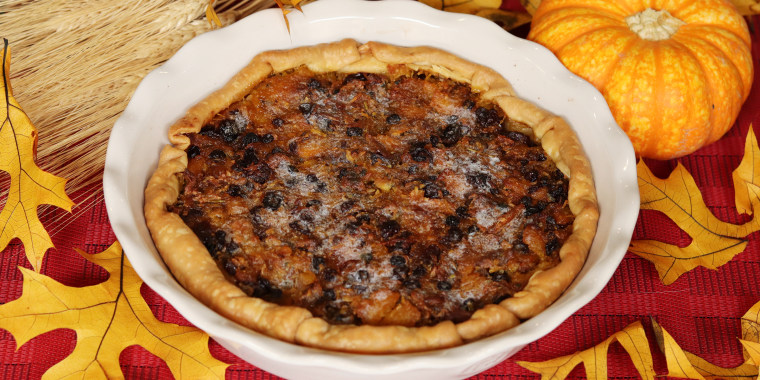 """You can make """"pumpion"""" pie for yourself with the recipe Miller transcribed from the 1670 cookbook """"The Queene-Like Closet."""""""