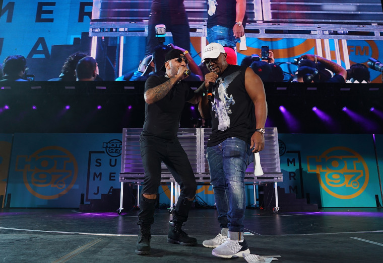 Image: Swizz Beatz and Timbaland perform in East Rutherford, N.J.