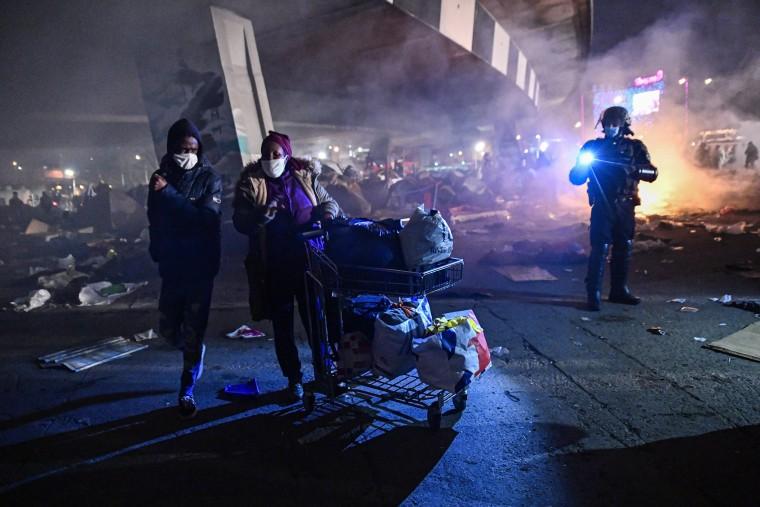 Image: New evacuation of the migrant camp in Paris